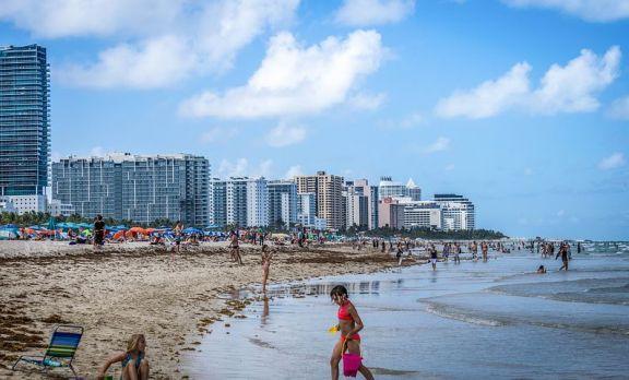 迈阿密的房产销量激增
